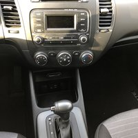 Picture of 2016 Kia Forte5 LX, interior, gallery_worthy
