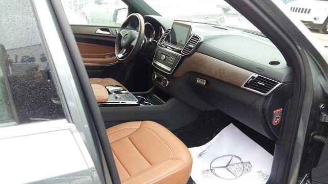 2018 Mercedes Benz Gls Class Interior Pictures Cargurus
