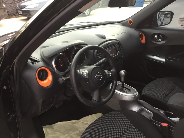 Picture of 2015 Nissan Juke S, interior, gallery_worthy