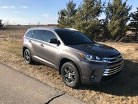 Picture of 2017 Toyota Highlander Limited Platinum AWD, exterior, gallery_worthy