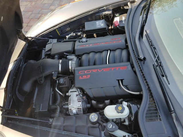 Picture of 2011 Chevrolet Corvette Z16 Grand Sport 3LT Convertible RWD, engine, gallery_worthy