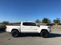 Picture of 2017 Toyota Tacoma Double Cab V6 SR5, exterior, gallery_worthy