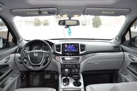 Picture of 2016 Honda Pilot EX-L AWD, interior, gallery_worthy