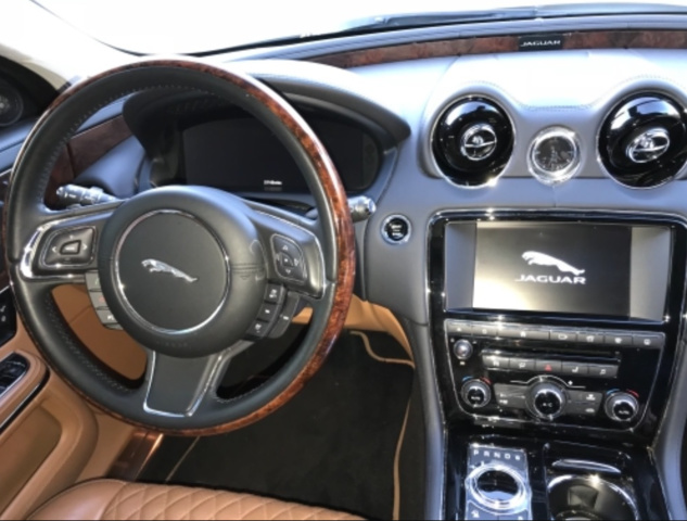 Picture of 2016 Jaguar XJ-Series XJL Portfolio RWD, interior, gallery_worthy