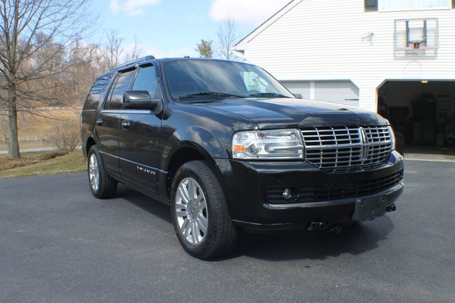 Picture of 2013 Lincoln Navigator 4WD
