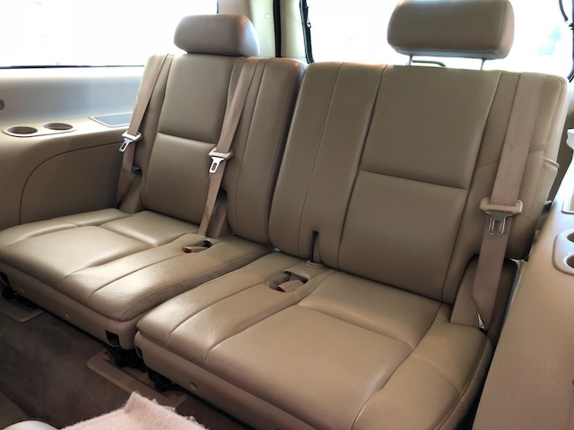 Picture of 2010 Chevrolet Suburban 1500 LTZ RWD, interior, gallery_worthy