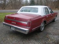 Picture of 1985 Lincoln Town Car Base, gallery_worthy