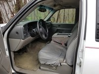 Picture of 2004 GMC Yukon Base, interior, gallery_worthy