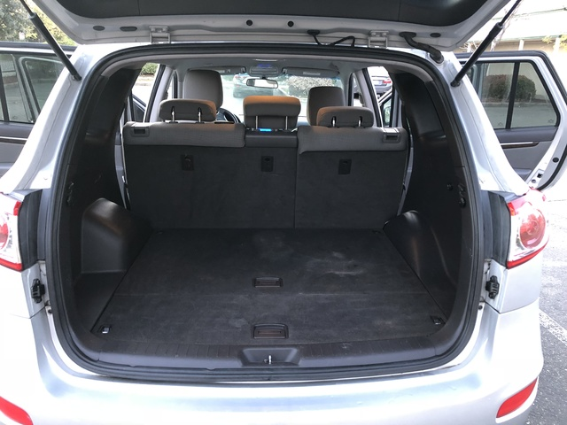 Picture Of 2011 Hyundai Santa Fe 2.4L GLS AWD, Interior, Gallery_worthy