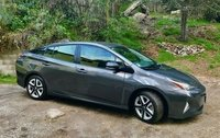 2017 Toyota Prius Picture Gallery