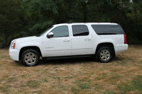 Picture of 2012 GMC Yukon XL 1500 SLE 4WD, exterior, gallery_worthy