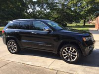 Picture of 2017 Jeep Grand Cherokee Overland 4WD, exterior, gallery_worthy
