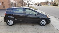 Picture of 2016 Toyota Prius c Three, exterior, gallery_worthy