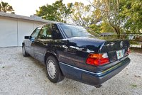 1993 Mercedes-Benz 300-Class Picture Gallery