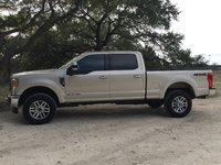 Picture of 2017 Ford F-350 Super Duty Lariat Crew Cab 4WD, exterior, gallery_worthy