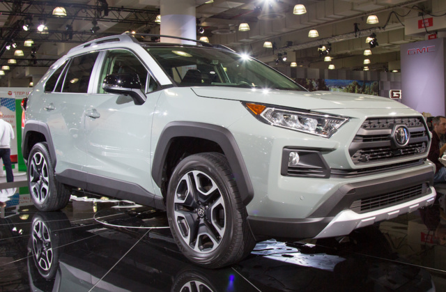 2019 Toyota RAV4 - Overview - CarGurus