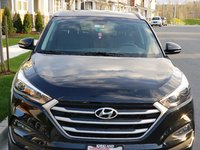 Picture of 2017 Hyundai Tucson 2.0L SE Plus AWD, exterior, gallery_worthy