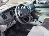 Picture of 2013 Toyota Tacoma Access Cab V6 4WD, interior, gallery_worthy