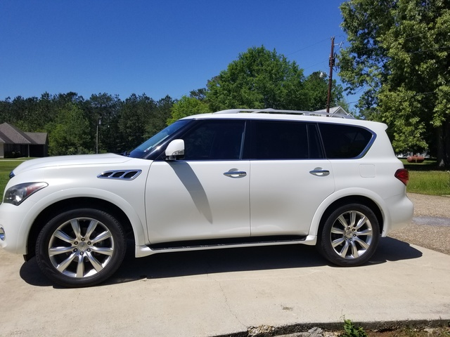 Picture of 2011 INFINITI QX56 RWD with Split Bench Seat Package, gallery_worthy