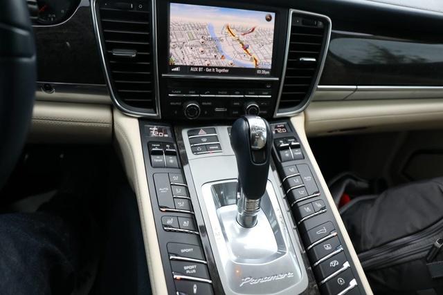 Picture of 2012 Porsche Panamera Turbo S, interior, gallery_worthy
