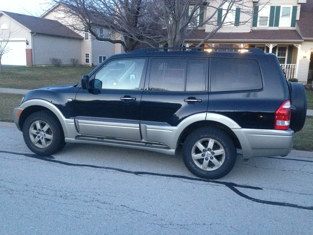 Picture of 2005 Mitsubishi Montero Limited 4WD