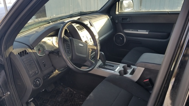 Picture of 2009 Ford Escape XLS, interior, gallery_worthy