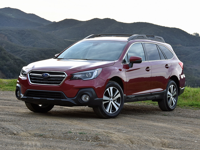 2018 Subaru Outback 2.5i Limited in Crimson Red