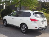 Picture of 2014 Nissan Pathfinder Hybrid SV, exterior, gallery_worthy