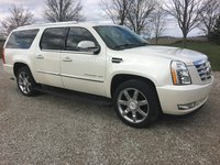 Picture of 2012 Cadillac Escalade ESV 4WD, exterior, gallery_worthy