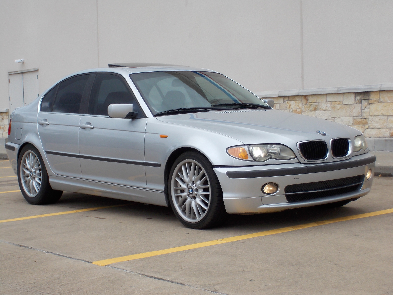 BMW 3 Series Questions - I am trying to place an ad to sell my car ...