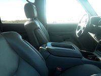 Picture of 2004 Chevrolet Suburban 2500 LT RWD, interior, gallery_worthy