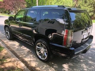 Picture of 2013 Cadillac Escalade Platinum 4WD