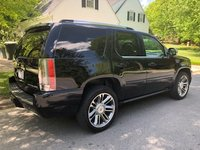 Picture of 2013 Cadillac Escalade Platinum 4WD, exterior, gallery_worthy