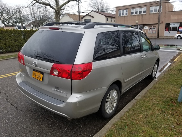 Picture of 2007 Toyota Sienna LE AWD