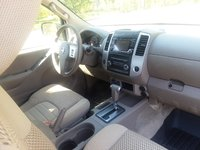 Picture of 2015 Nissan Frontier SV V6 King Cab 4WD, interior, gallery_worthy