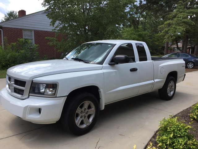 Picture of 2010 Dodge Dakota Big Horn/Lone Star Extended Cab 4WD, exterior, gallery_worthy