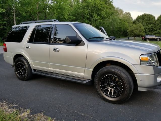 Picture of 2012 Ford Expedition XLT 4WD
