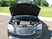 Picture of 2012 Chrysler Town & Country Touring-L, engine, gallery_worthy