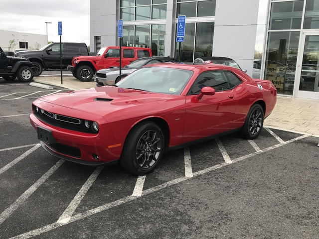Picture of 2018 Dodge Challenger GT