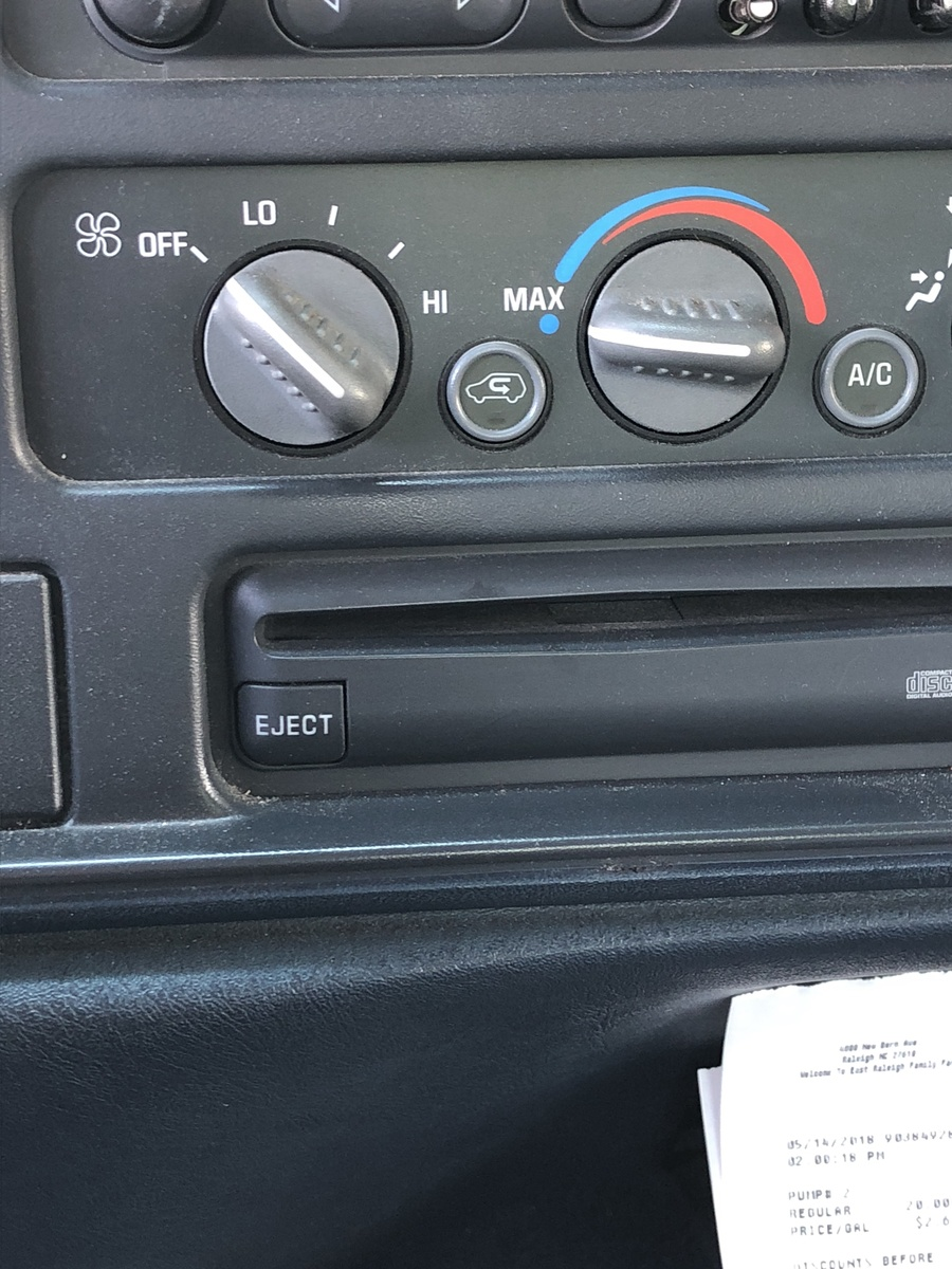 GMC Sierra 1500 Questions - i have no air flow through defrost and