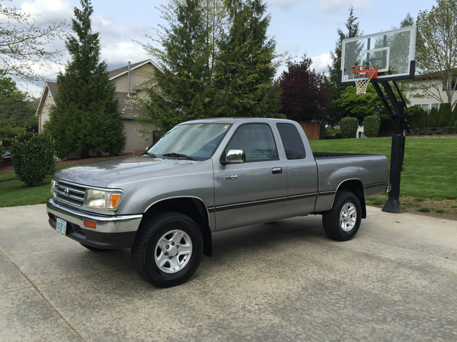 Picture of 1997 Toyota T100 2 Dr SR5 4WD Extended Cab SB