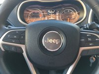 Picture of 2017 Jeep Cherokee Sport FWD, interior, gallery_worthy