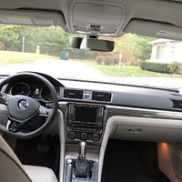Picture of 2017 Volkswagen Passat 1.8T SE with Technology Pkg, interior, gallery_worthy