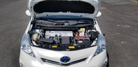 Picture of 2014 Toyota Prius v Five FWD, engine, gallery_worthy