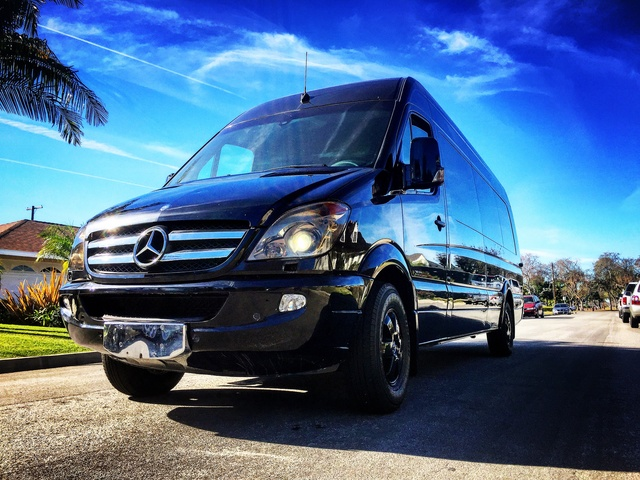 Picture of 2013 Mercedes-Benz Sprinter 2500 170 WB Extended Passenger Van, exterior, gallery_worthy