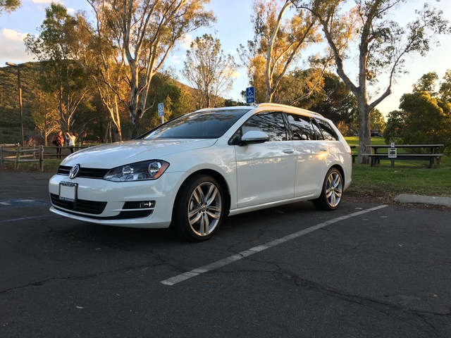 Picture of 2017 Volkswagen Golf SportWagen 1.8T SEL, exterior, gallery_worthy