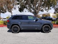 Picture of 2018 Jeep Grand Cherokee Altitude 4WD, exterior, gallery_worthy