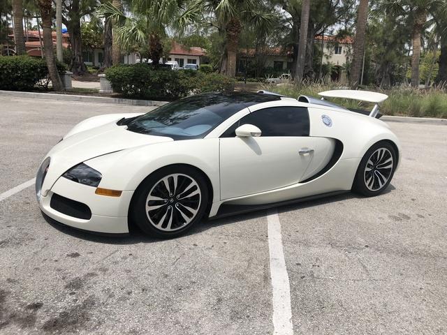 Picture of 2011 Bugatti Veyron Super Sport