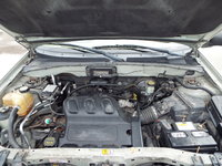Picture of 2004 Ford Escape XLT 4WD, engine, gallery_worthy