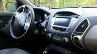 Picture of 2011 Hyundai Tucson Limited AWD, interior, gallery_worthy